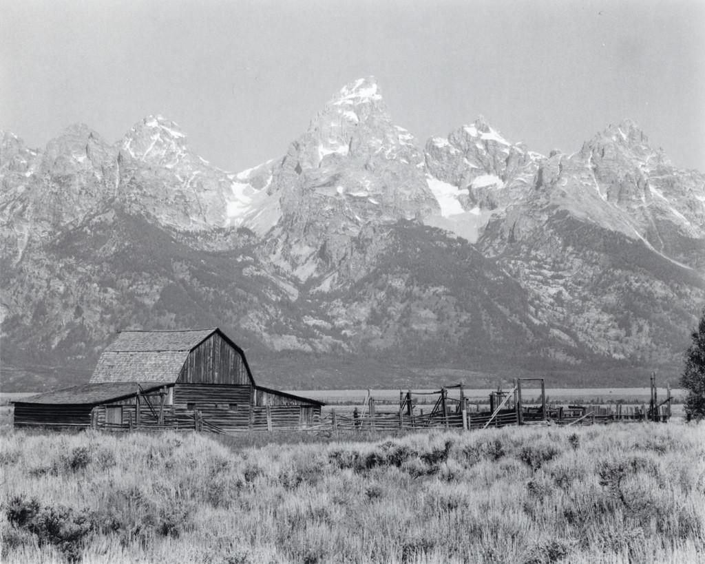 Settler's Barn