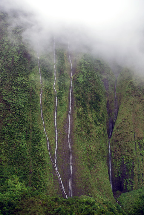 Waterfalls from Clouds, Kaua'i